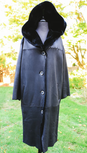 Nuuk Shearling Jacket with Fur Hood