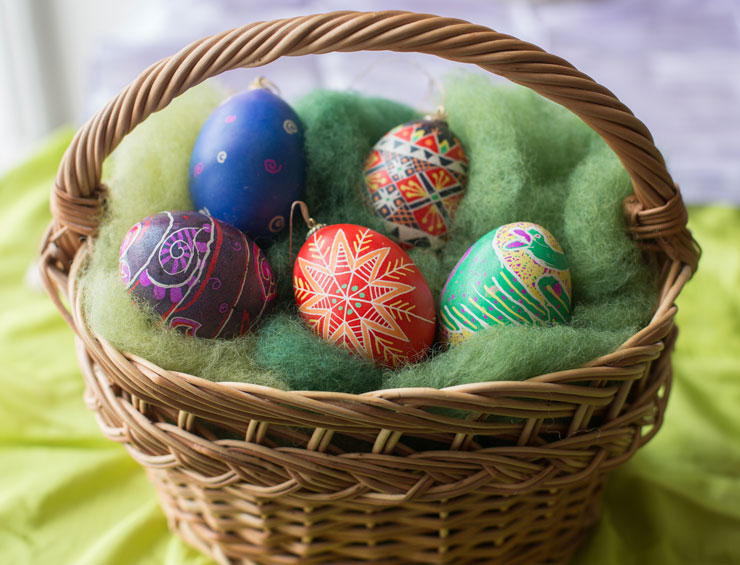 ukrainian-eggs-in-basket