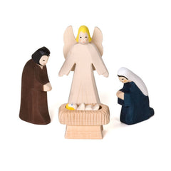 holy family with angel - Nova Natural Toys & Crafts