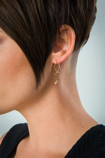 E064021 - Small Gold-Filled Single Spiral Wire Earrings