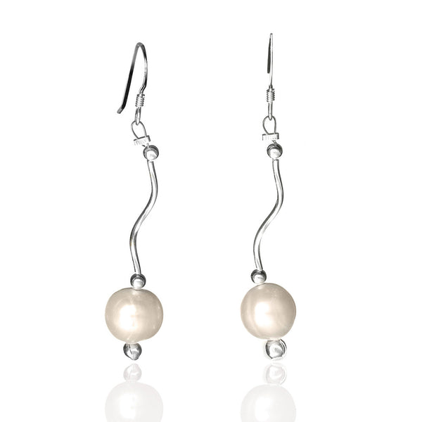 E005185 - White Pearl and Wavy Sterling Silver Earrings