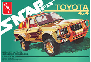 AMT 1980 Toyota Hilux SR5 Pickup (Snap) 1:25 Plastic Model Kit 1114