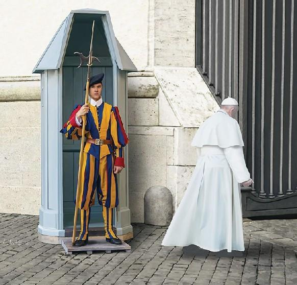 Revell Swiss Guard 02801 1/16 Figure Model Kit - Shore Line Hobby