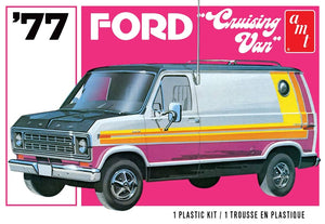 AMT 1108 1977 Ford Cruising Van Unassembled Model Kit 1/25