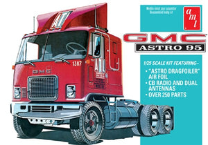 AMT GMC Astro 95 1/25 1140 Plastic Model Kit Truck