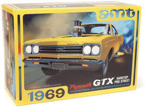 AMT 1969 Plymouth GTX Hardtop Pro Street 2T 1/25 Scale Plastic Model Kit 1180
