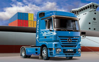 Mercedes Benz Actros 1854 LS (V8) Italeri 1/24 3824 Plastic Model Kit - shore-line-hobby