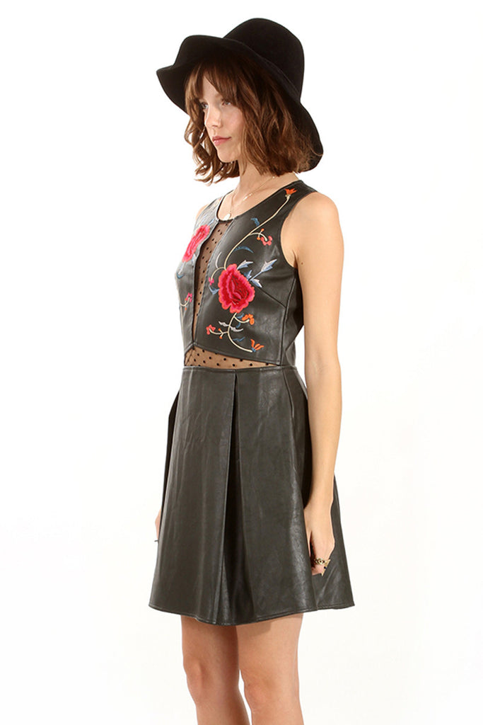 Roses Dress - So International   - 2