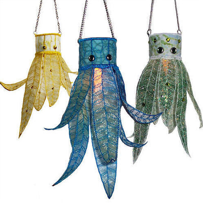 Hanging Leaf Lanterns