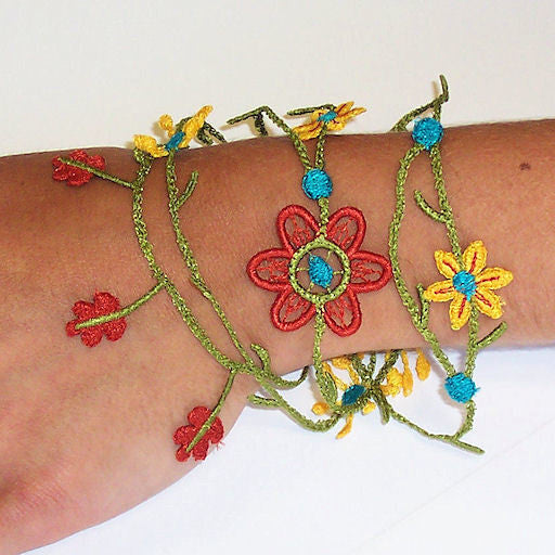 Machine embroidery in the hoop ITH FSL freestanding lace bracelet
