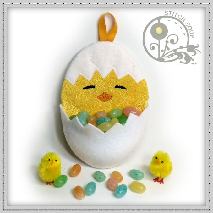 Machine embroidery in the hoop ITH Easter treat holder