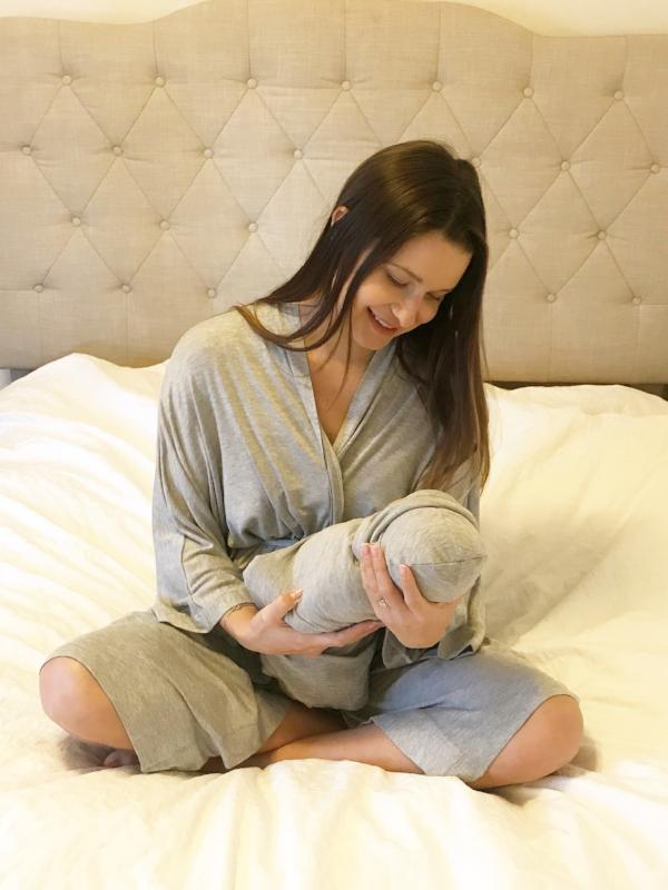 Heather Gray Maternity Robe & Matching Swaddle Set | 3-Piece - Aspen Lane