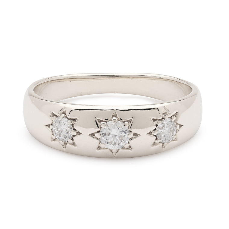 Lucky Star Ring - White Gold