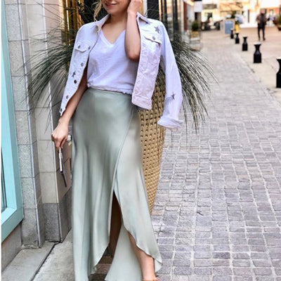 @adoobie_photoshop in the girogia skirt