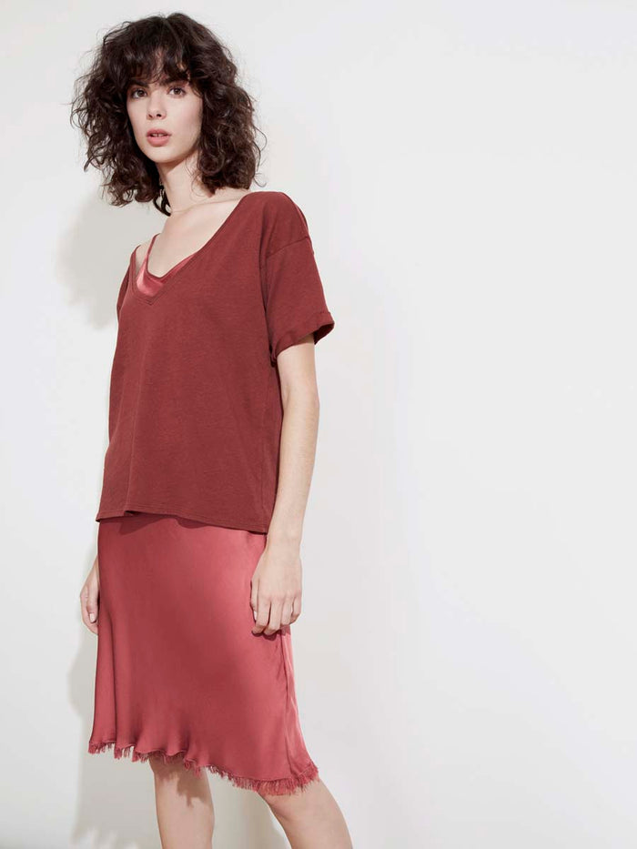 Paloma Tee in Recycled Cotton in Pinot