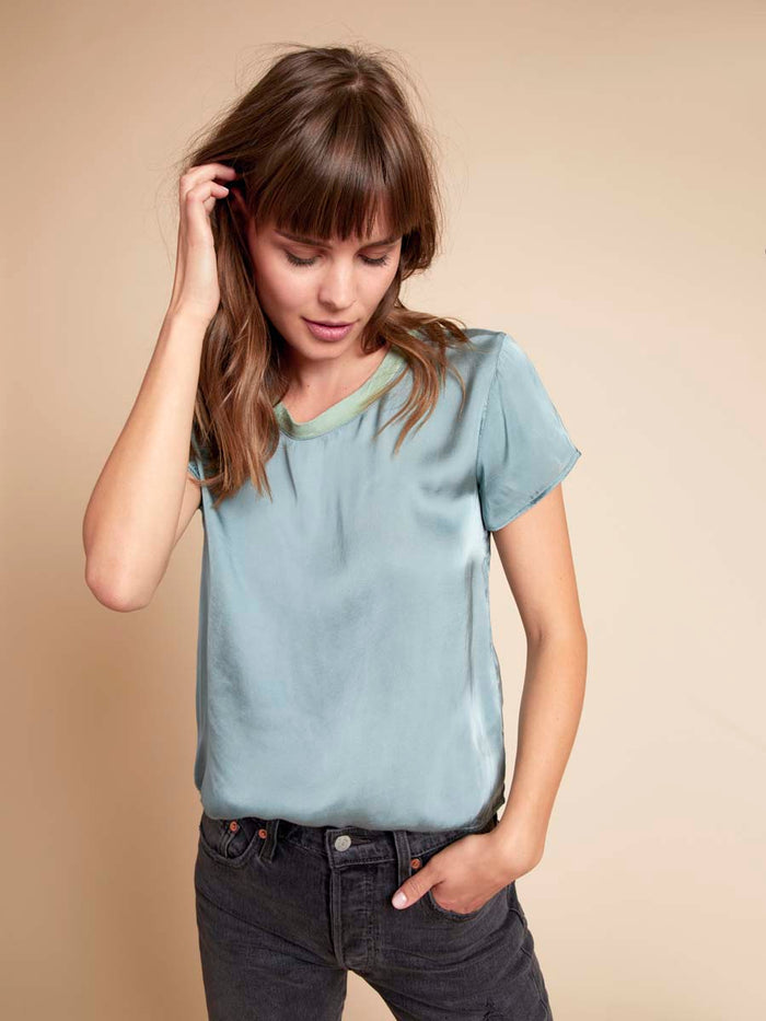 Marie Boxy Crop in Sateen in Menthe