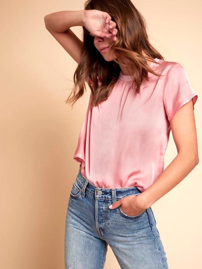Marie Boxy Crop in Sateen in Vivd Pink