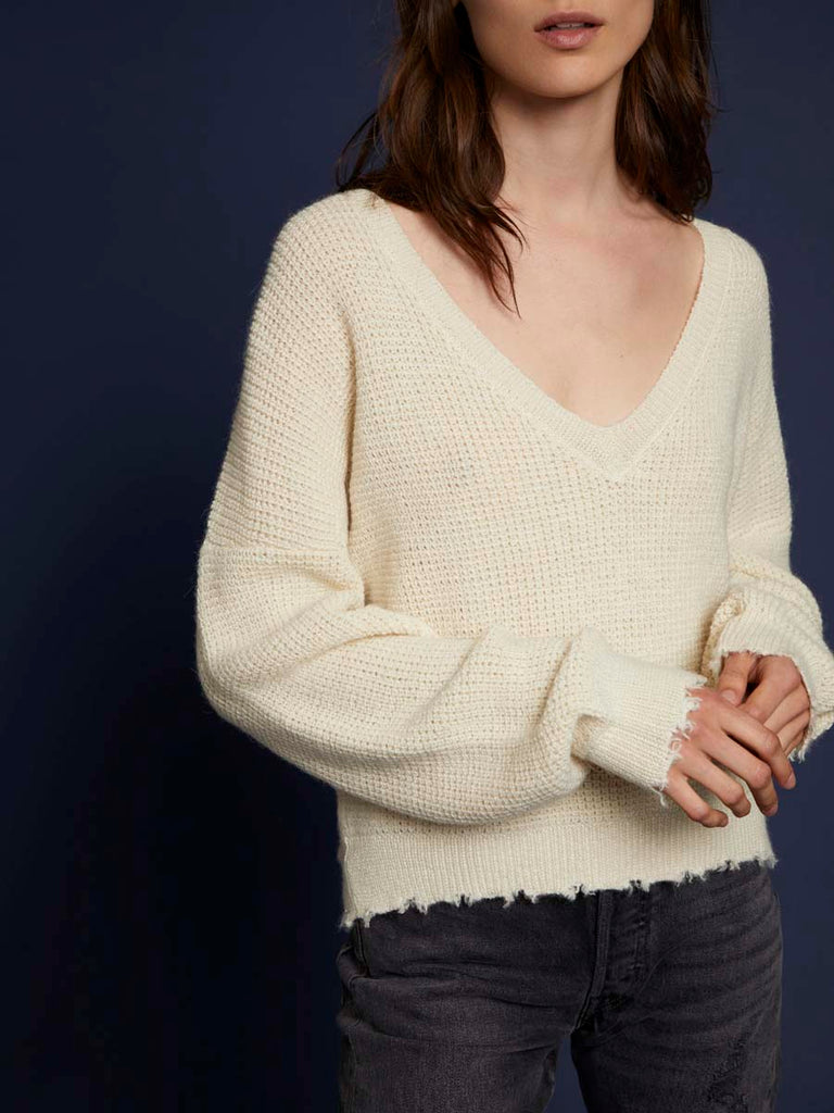 Zoe Sweater in Waffle Knit in Creme