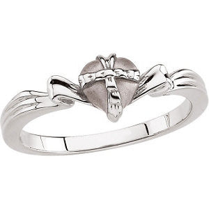 The Gift Wrapped Heart® Ring in Sterling Silver