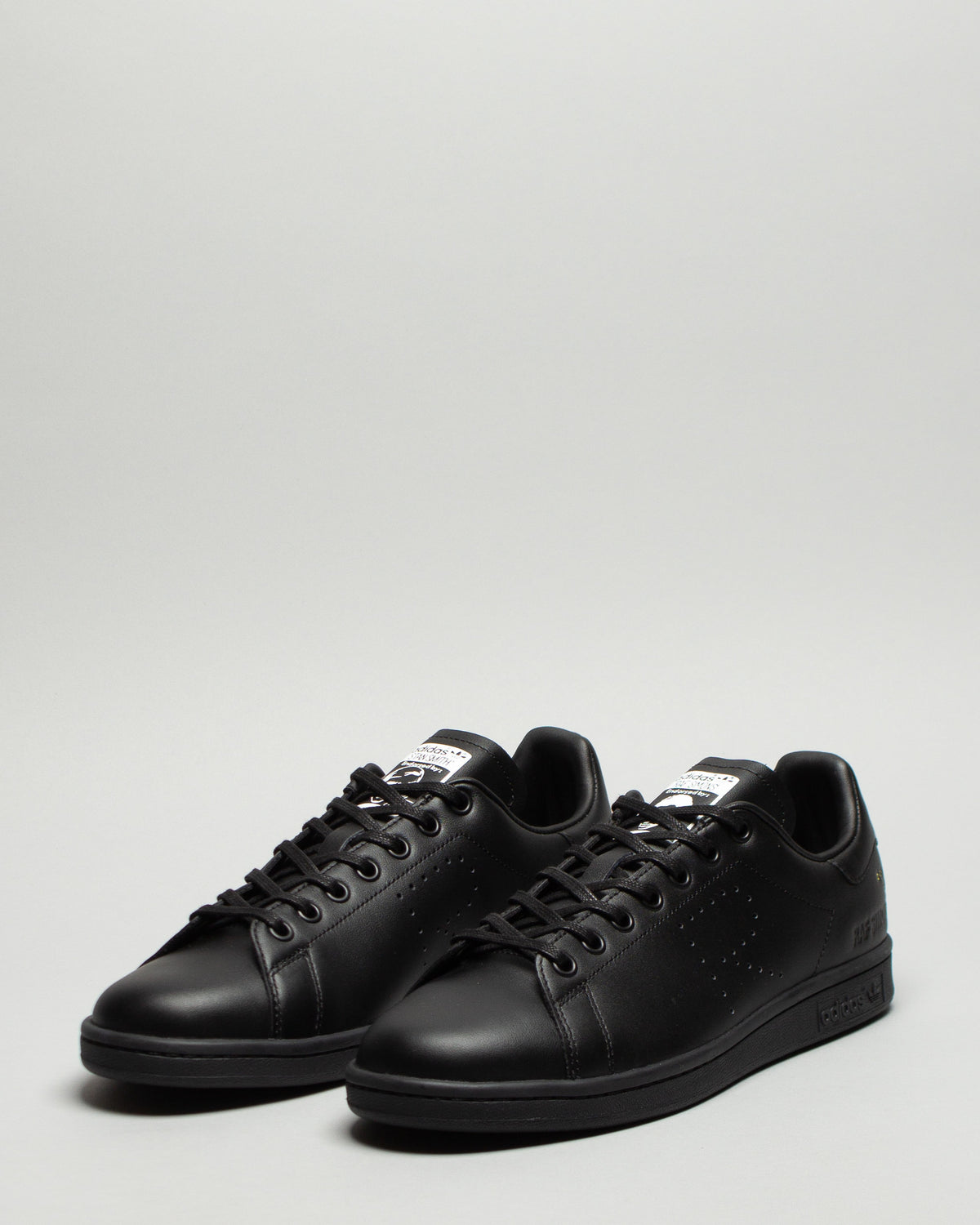 RS Stan Smith Core Black/DGH Solid Grey