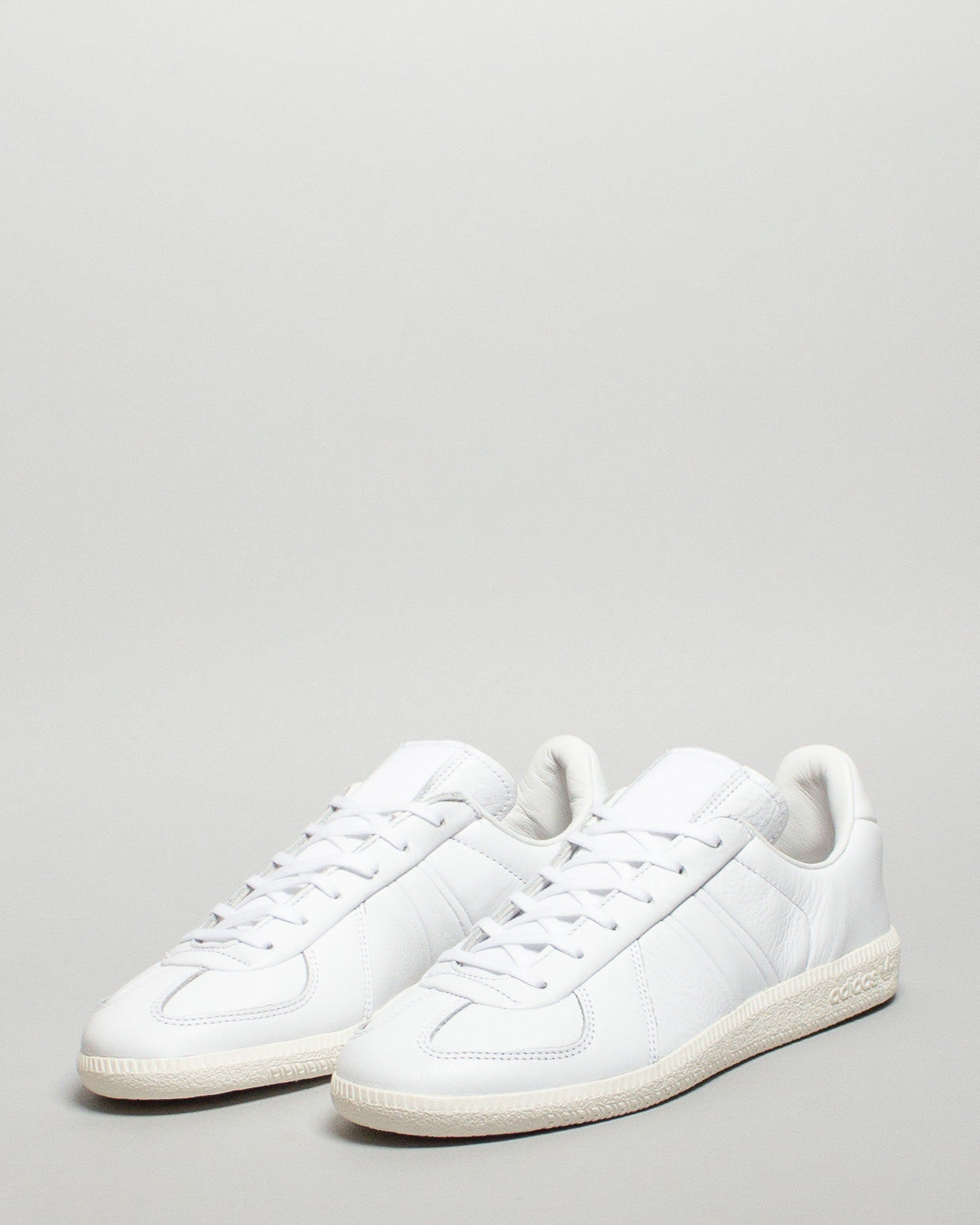 Oyster Holdings BW Army White/White/Black