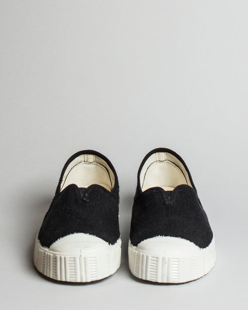 Special V Slip-On Black 2