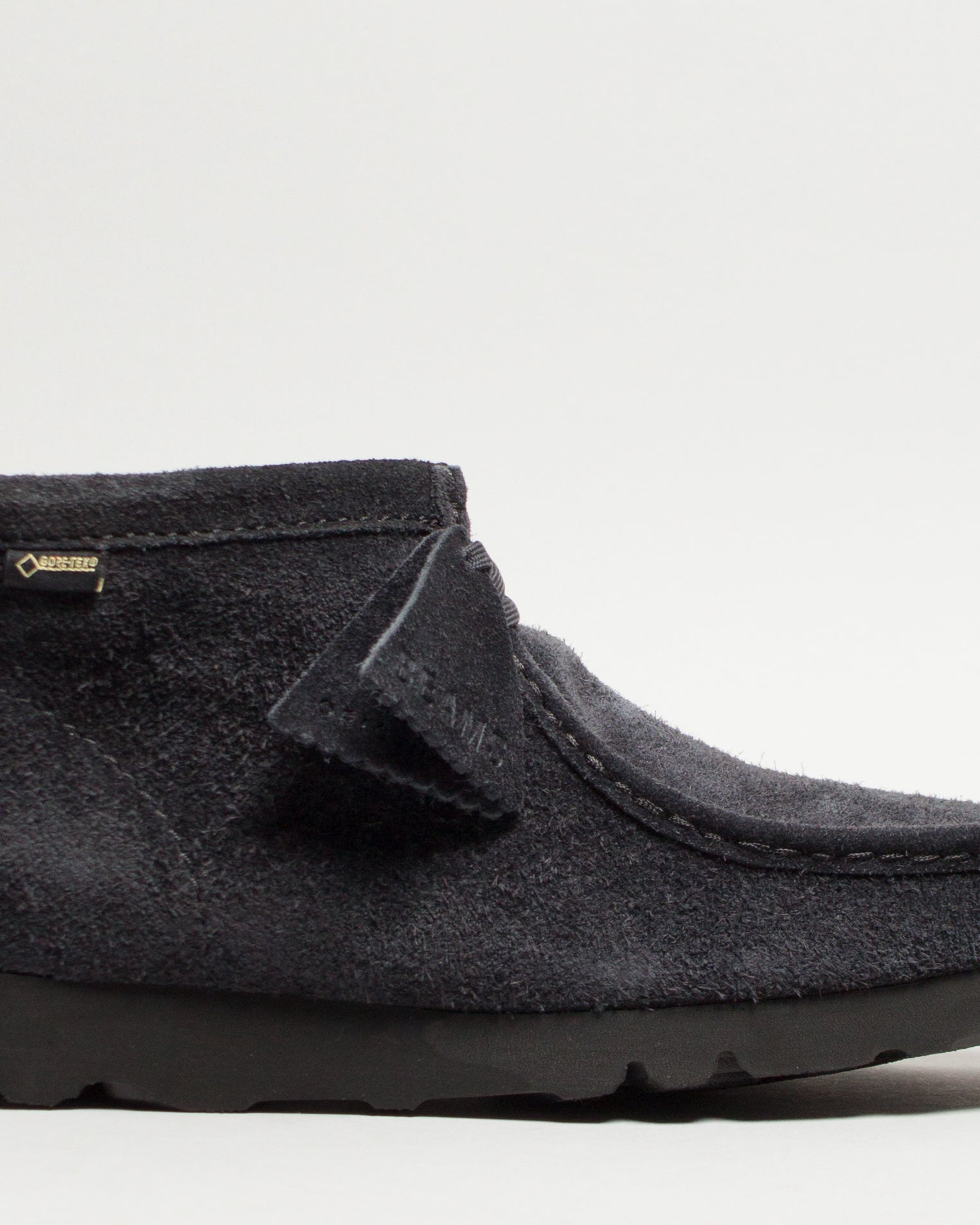 BEAMS Wallabee BT GTX Navy