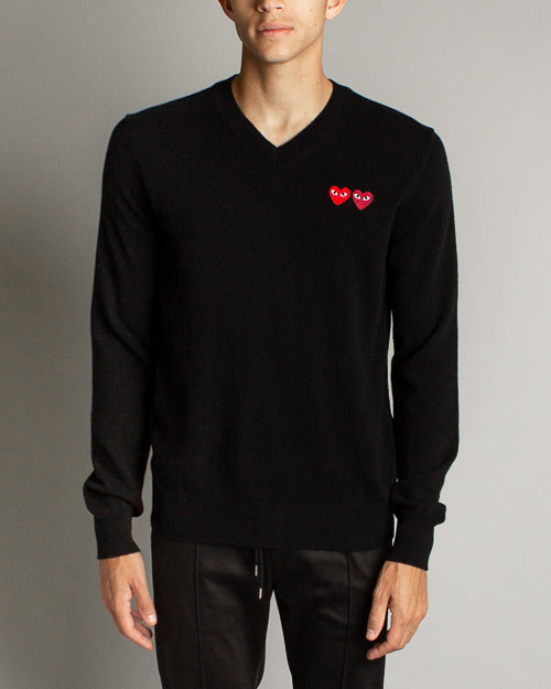 Double Heart V-Neck Sweater Black
