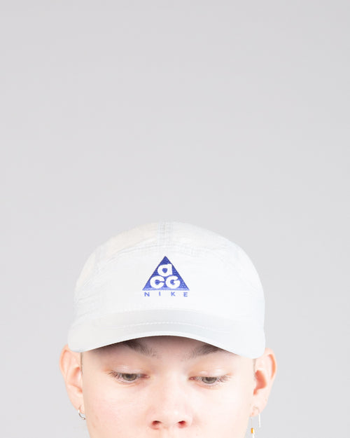 ACG Tailwind Cap Summit White/Racer Blue 1