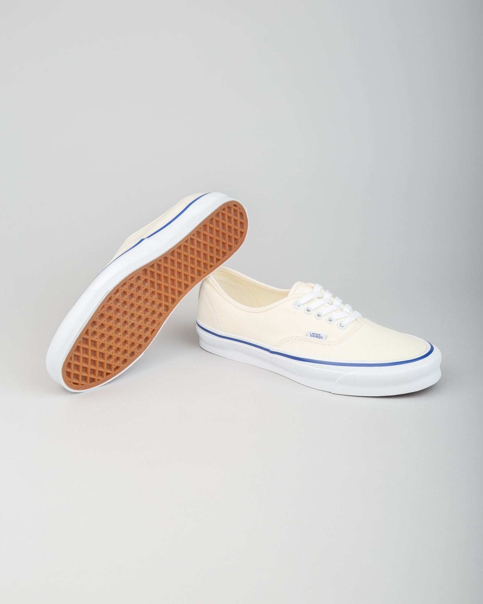 OG Authentic LX Classic White