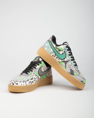 Air Force 1 '07 Black/Black/Spark Green 2