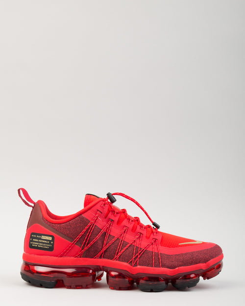 Air VaporMax Run Utility CNY University Red/Metallic Gold/Black 1