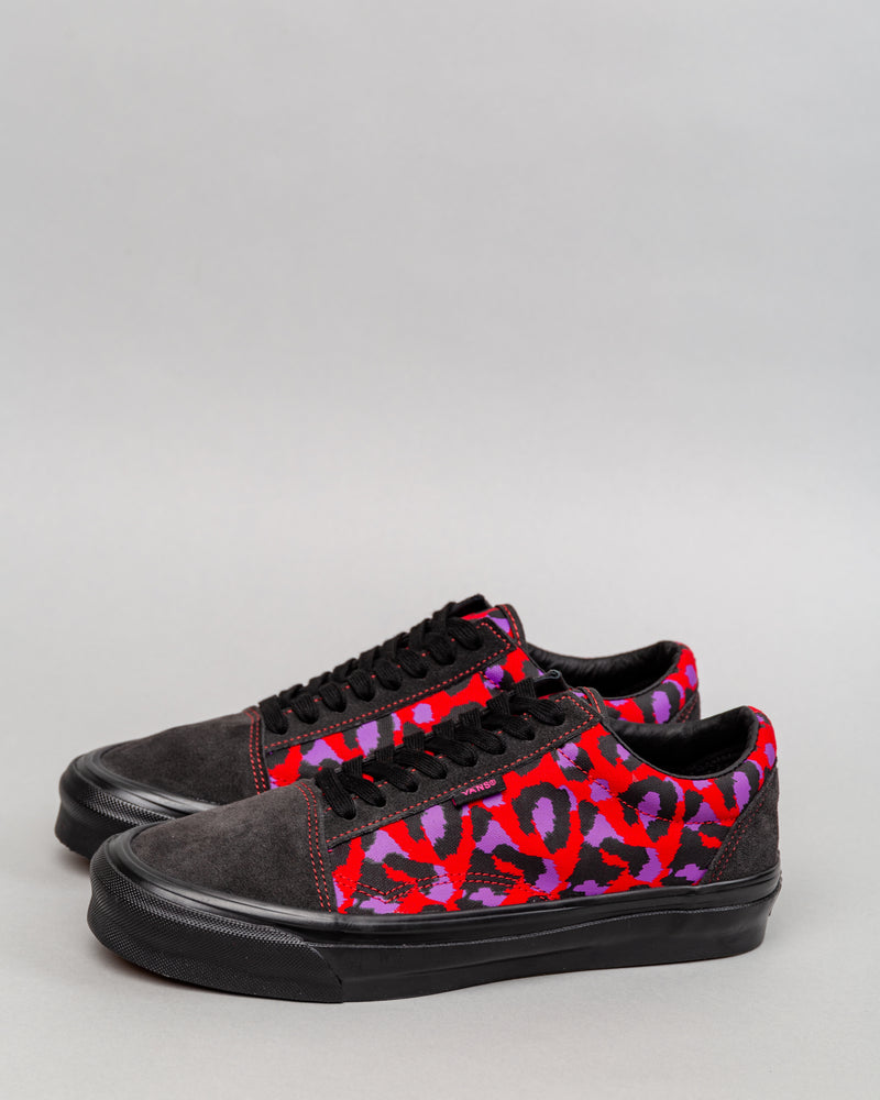 STRAY RATS OG Old Skool NS LX Raven/Racing Red