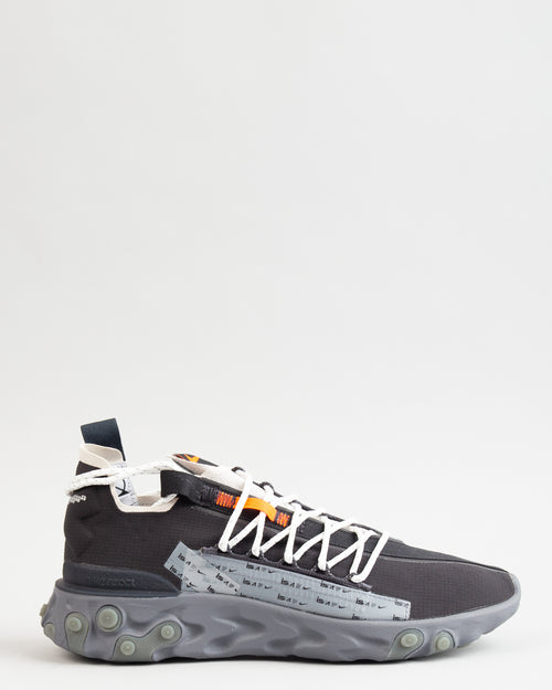ISPA React WR Black/Metallic Silver/Gunsmoke 1