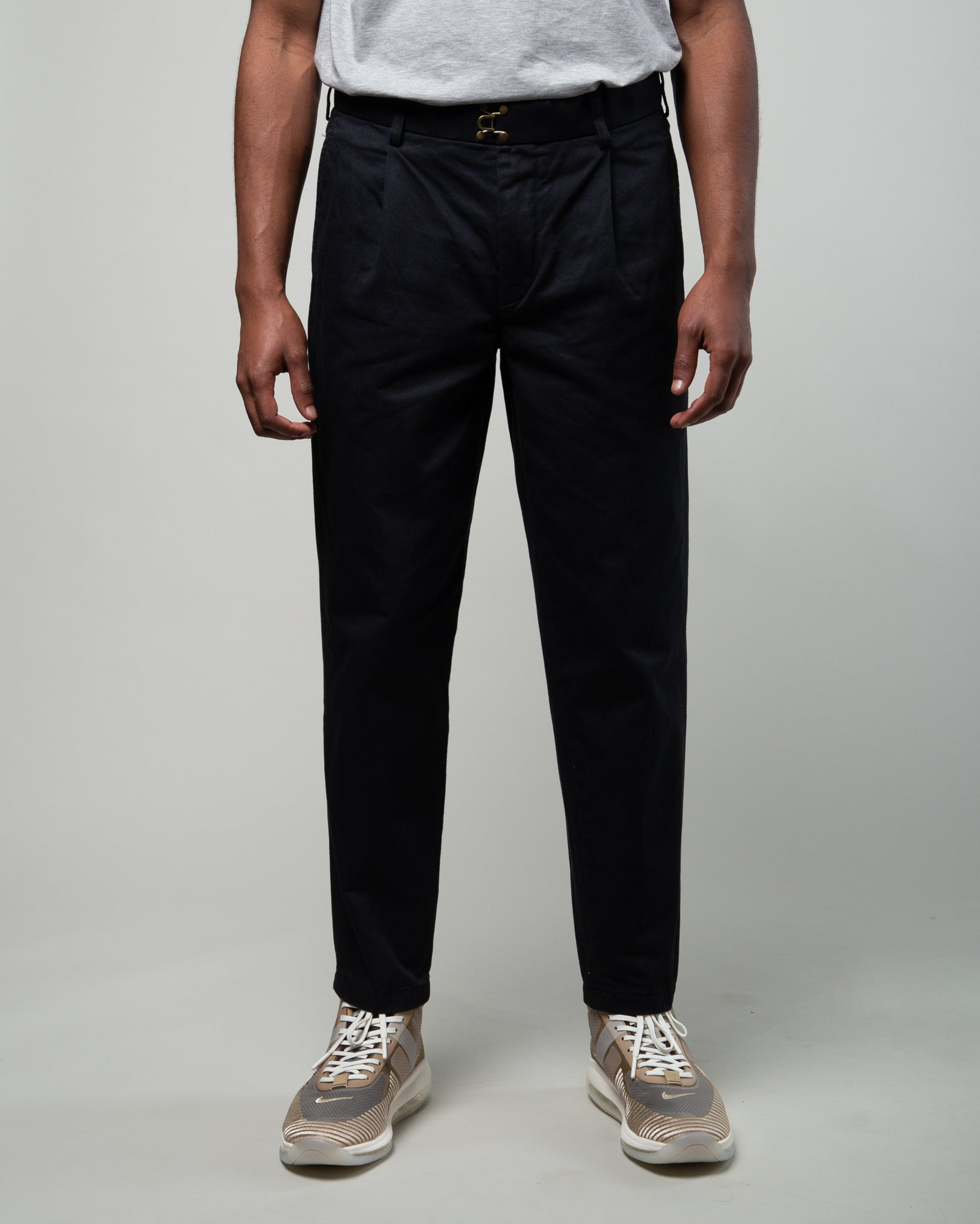 Cotton Twill One Tuck Pant Black
