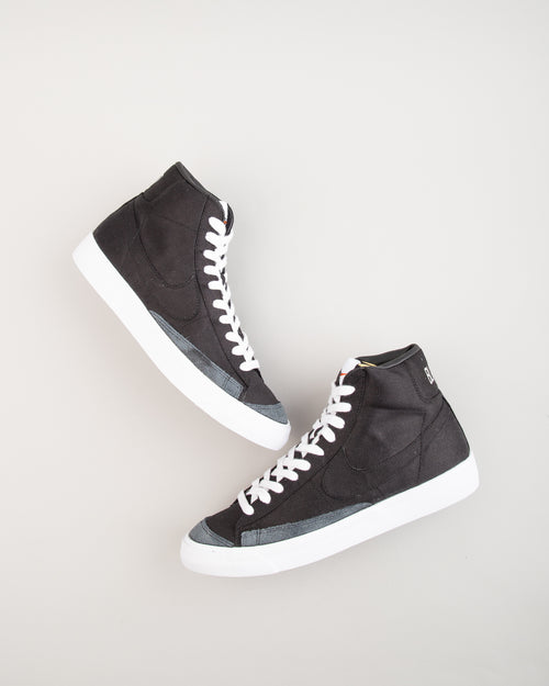 Blazer Mid '77 Vintage WE Black/Black/White 2