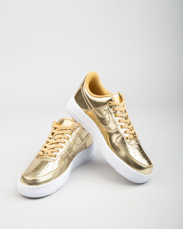 W Air Force 1 SP Metallic Gold/Club Gold/White 2
