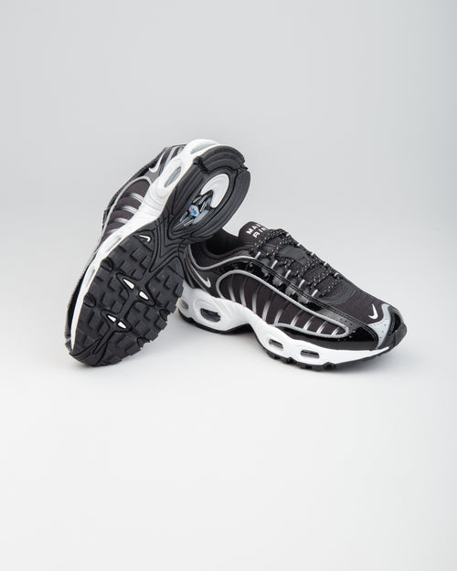 W Air Max Tailwind IV NRG Black/White/Black 2