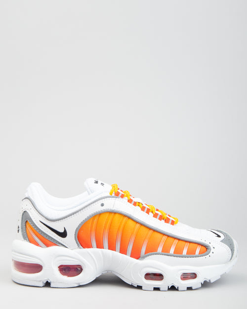 W Air Max Tailwind IV NRG White/Black/University Gold 1