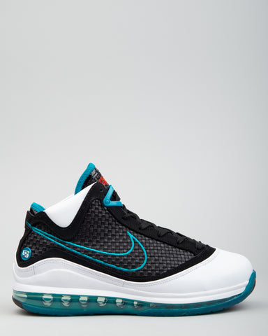 LeBron VII QS White/Black/Glass Blue/Challenge Red