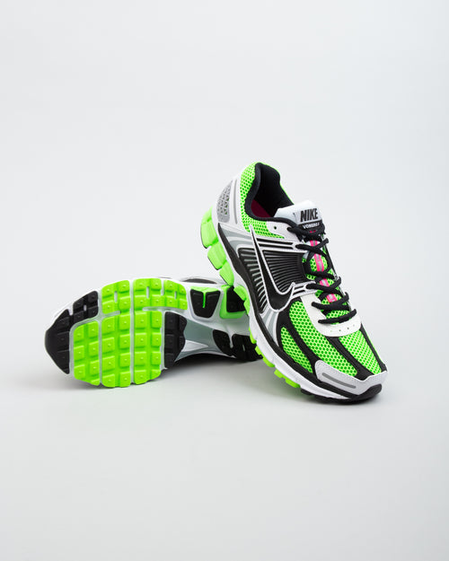 Zoom Vomero 5 SE SP Electric Green/Black/White 2