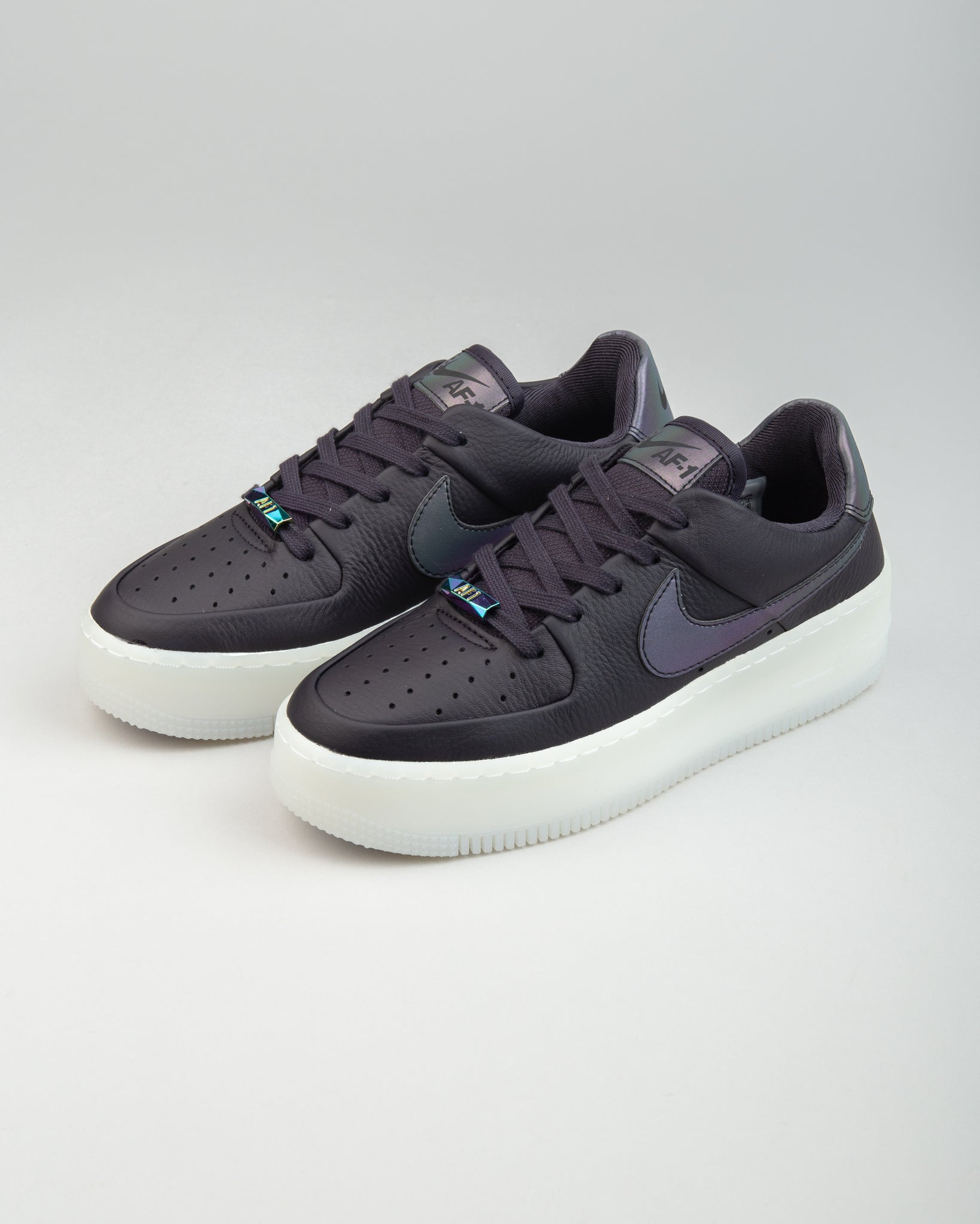 W Air Force 1 Sage Low LX Oil Grey/Blank White