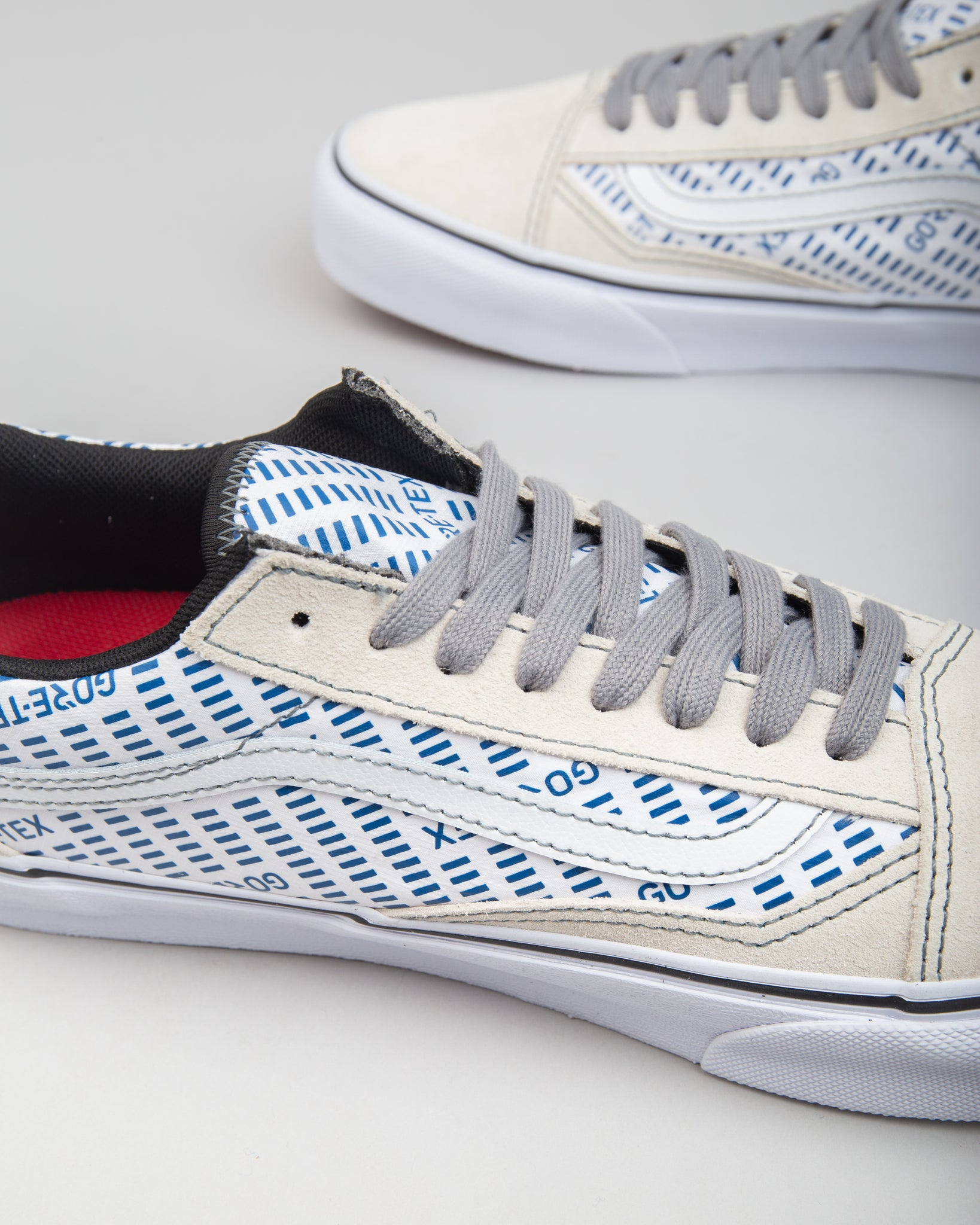 GORE-TEX Old Skool White/Blue