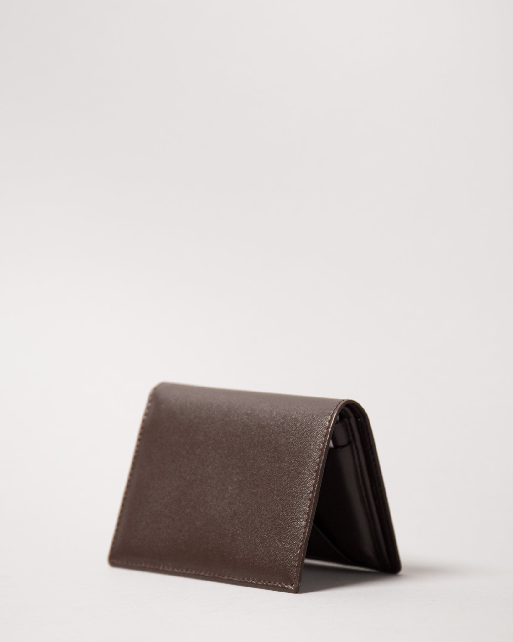 SA0641 Classic Wallet (Brown, Off-White, Red)