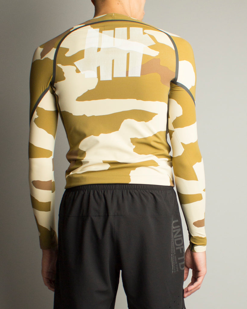 UNDEFEATED ASK 360 Tee Dune/Tactile Khaki/Base Khaki