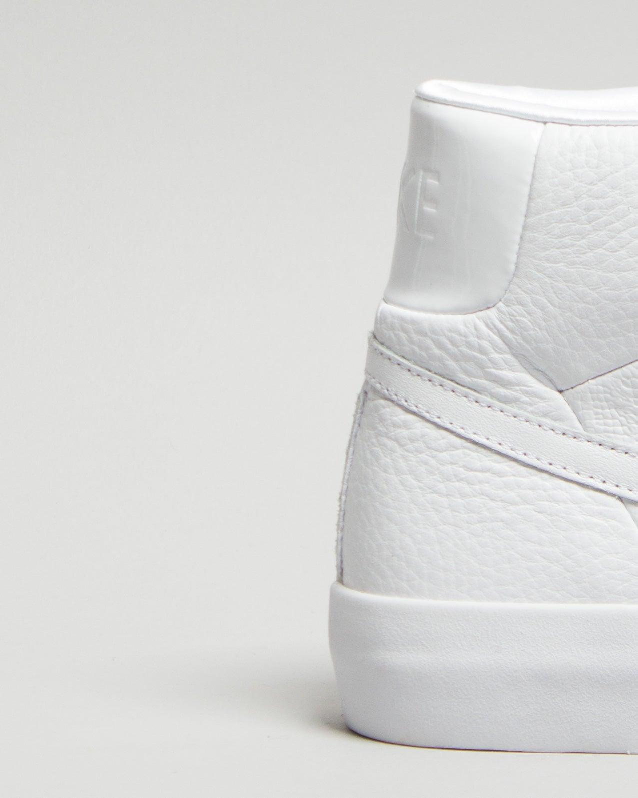Blazer Royal QS White/White/White
