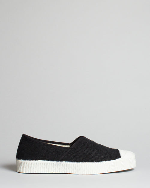Special V Slip-On Black 1