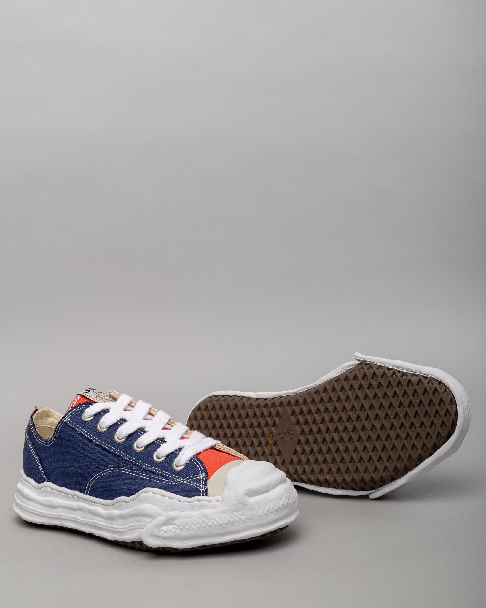 Original Sole Canvas Low Navy/Beige