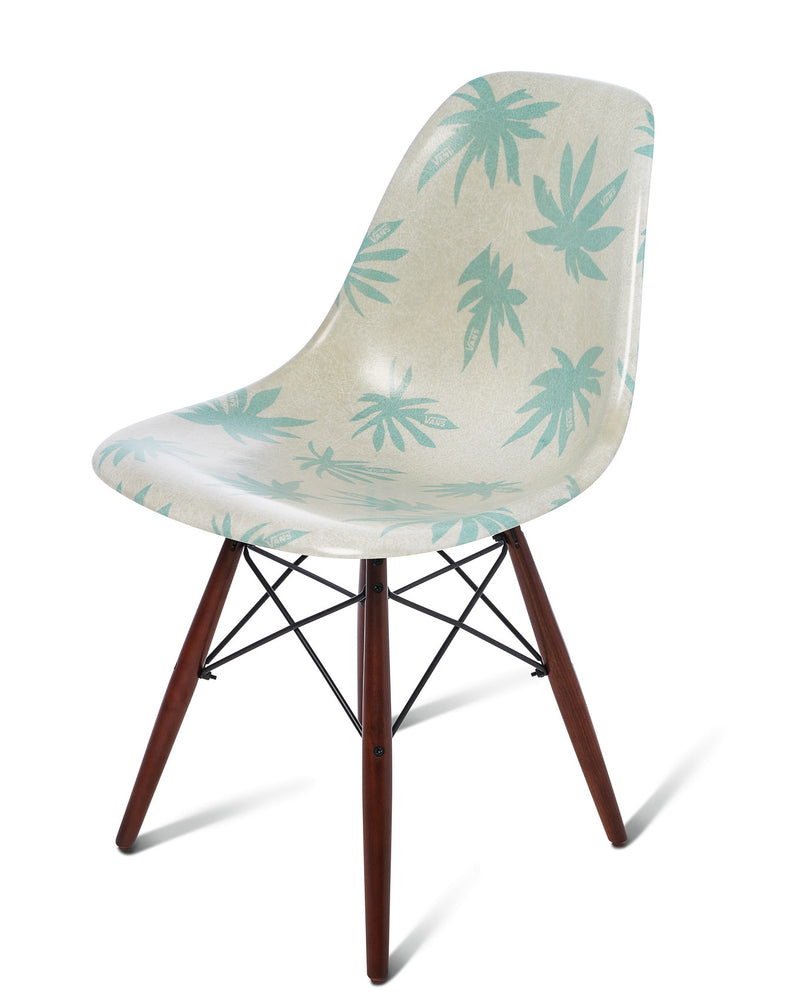 Modernica Shell Chair Seed Pearl/Palm Leaf