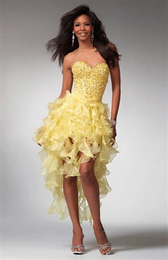 yellow prom dresses are striking and cheerful